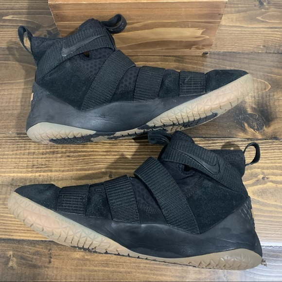 Lebron Nike Soldier Sneakers SZ 12